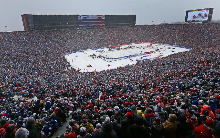 Detroit Loses to Toronto in Winter Classic But Hopes New World ... 751ff1dc2