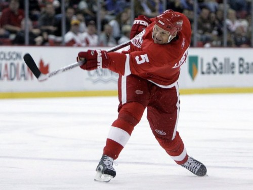 Nicklas Lidstrom is one of the best defensemen to have ever played the game. (Canadian Press – Paul Sancya)