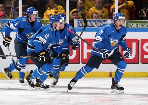 Photo of Blackhawks' Teravainen Captains Finland to WJC Gold