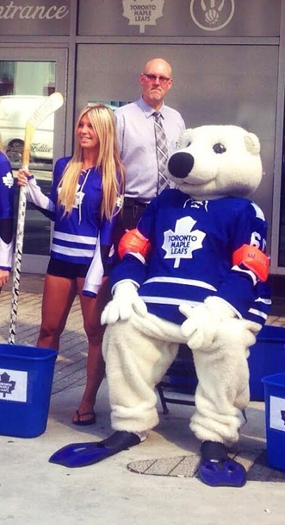 Toronto Maple Leafs Ice Girl Erin